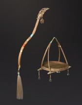 丣·青女配件 琉璃水滴竹藤编篮和花枝瓶金击子
